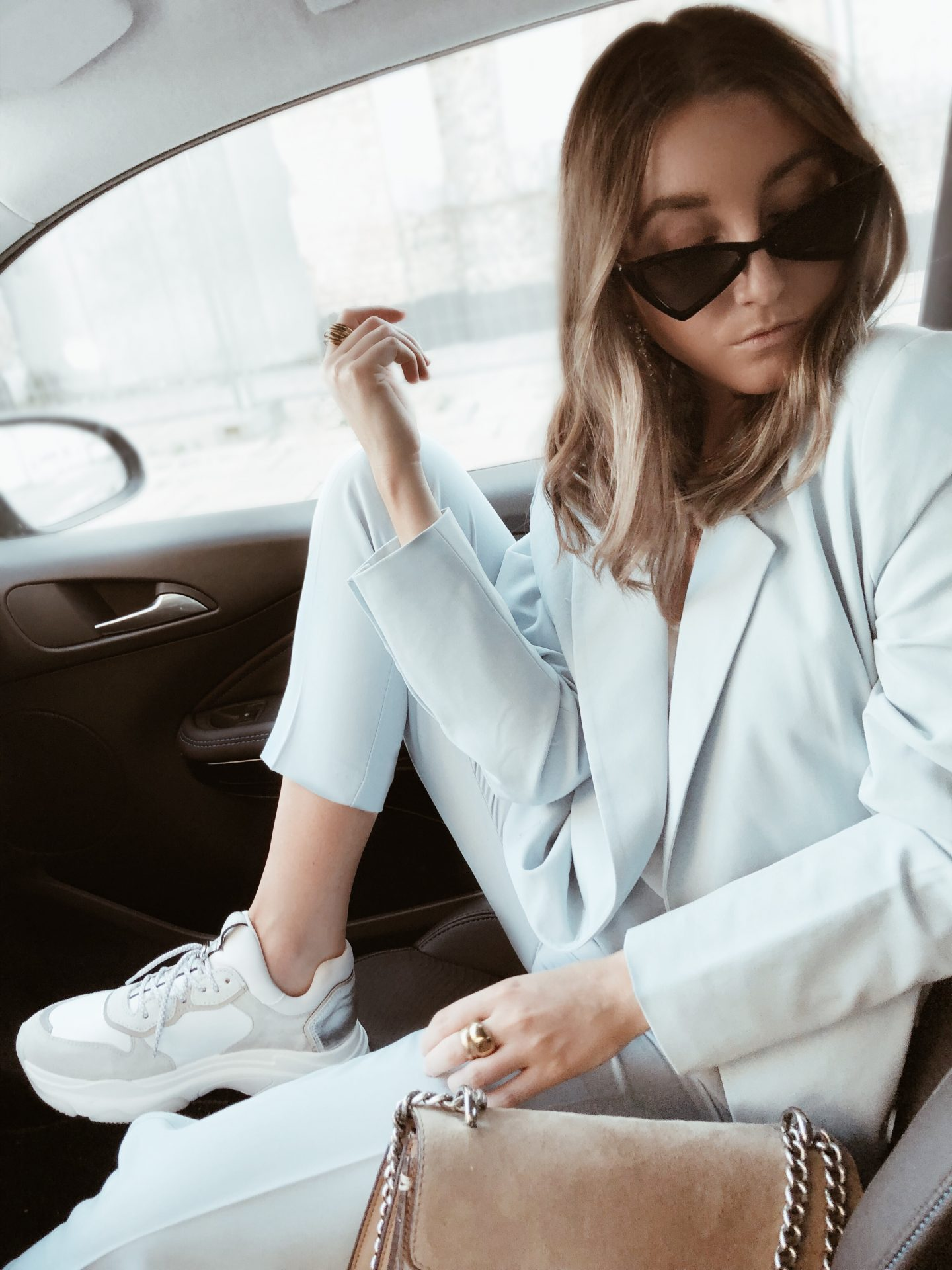 BLUE SUIT AND CHUNKY SNEAKERS
